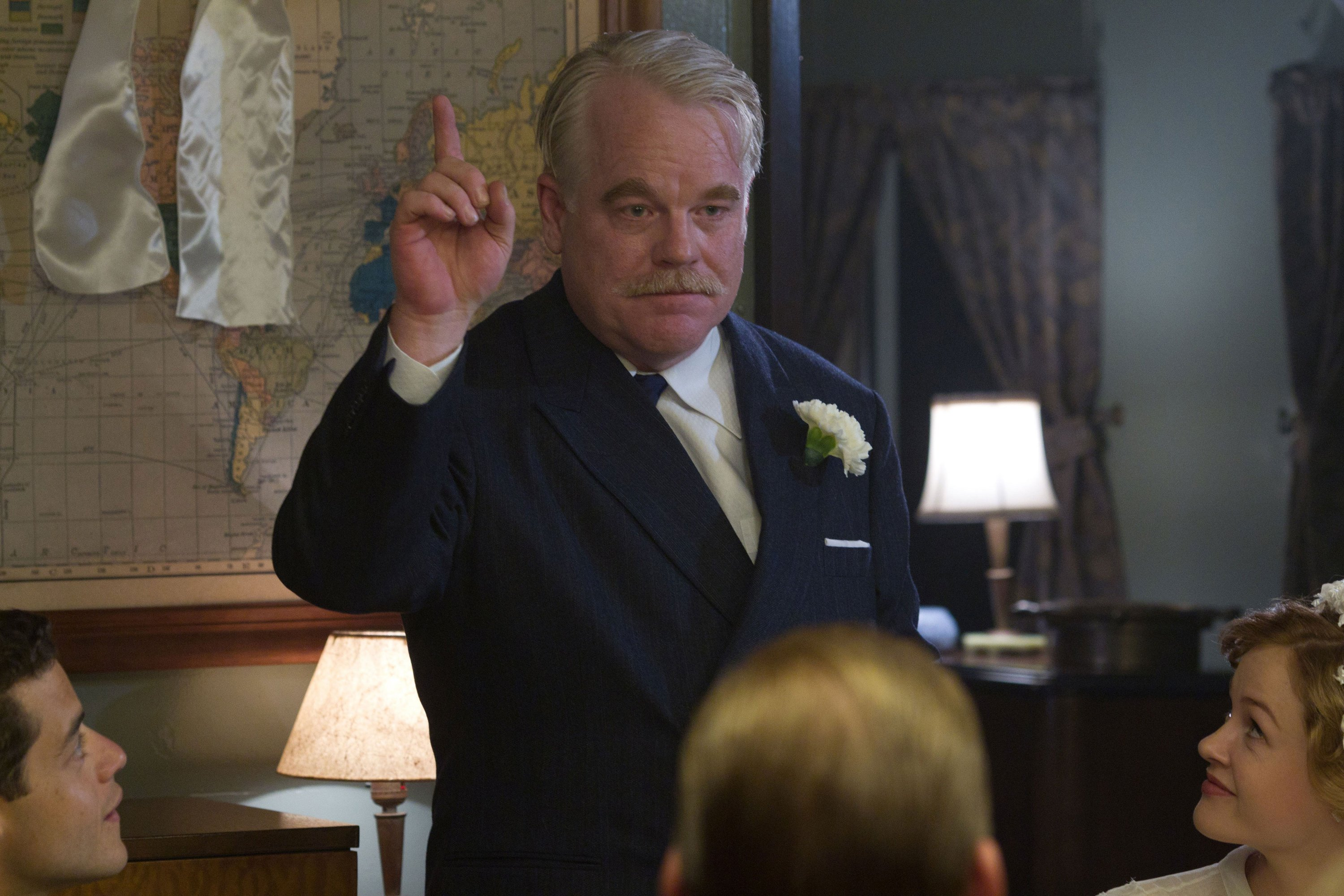 Photo du film The Master écrit et réalisé par Paul Thomas Anderson avec Philip Seymour Hoffman.