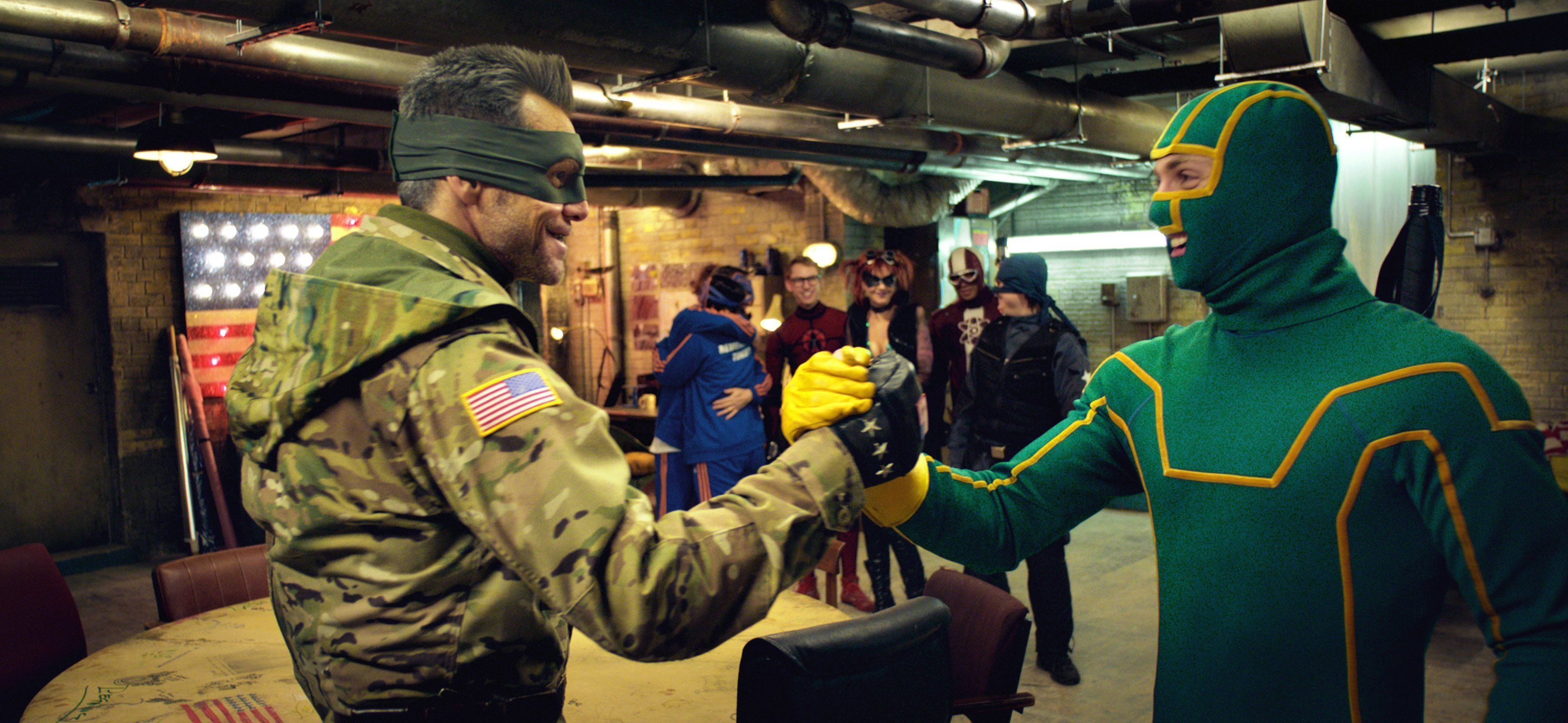 Photo du film Kick-Ass 2 avec le colonel Stars and Stripes et Kick-Ass