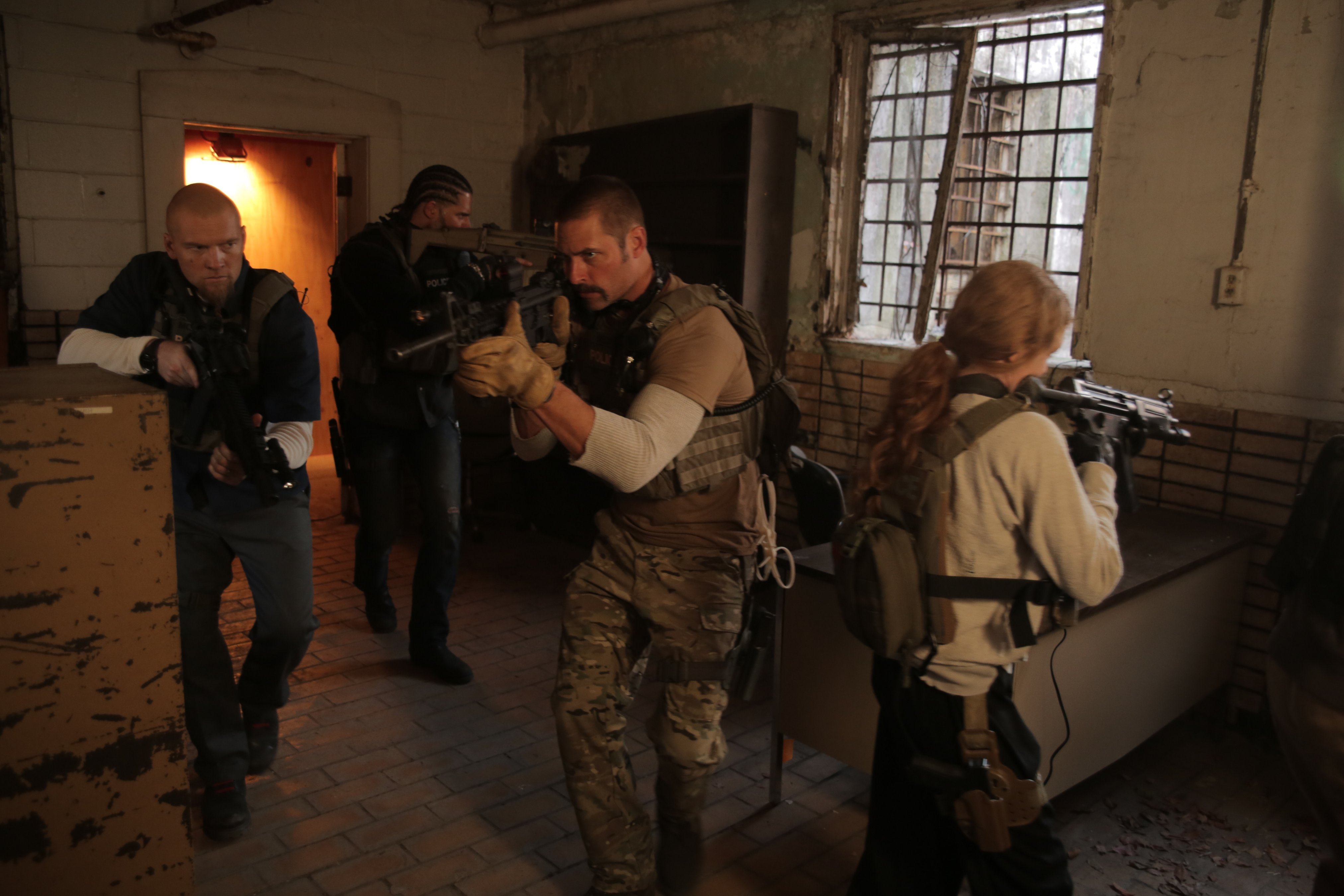 Sabotage Photo Sam Worthington Joe Manganiello Mireille Enos