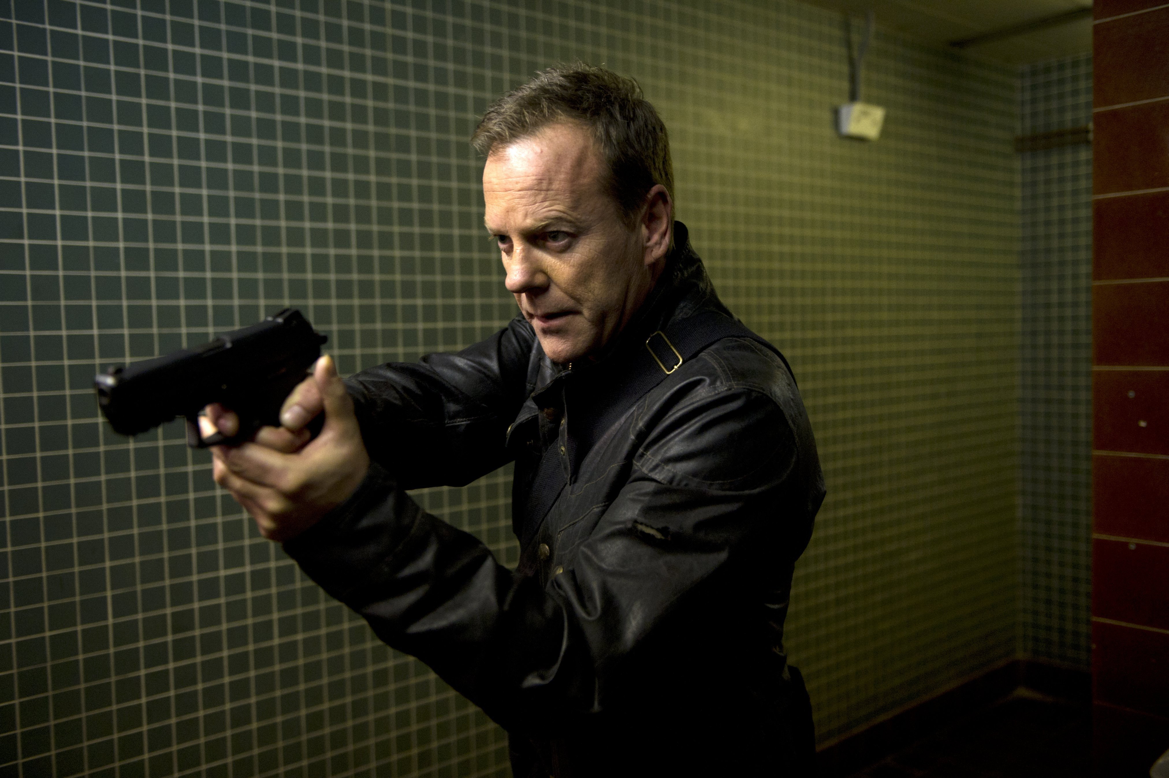 Photo 24: Live Another Day Kiefer Sutherland