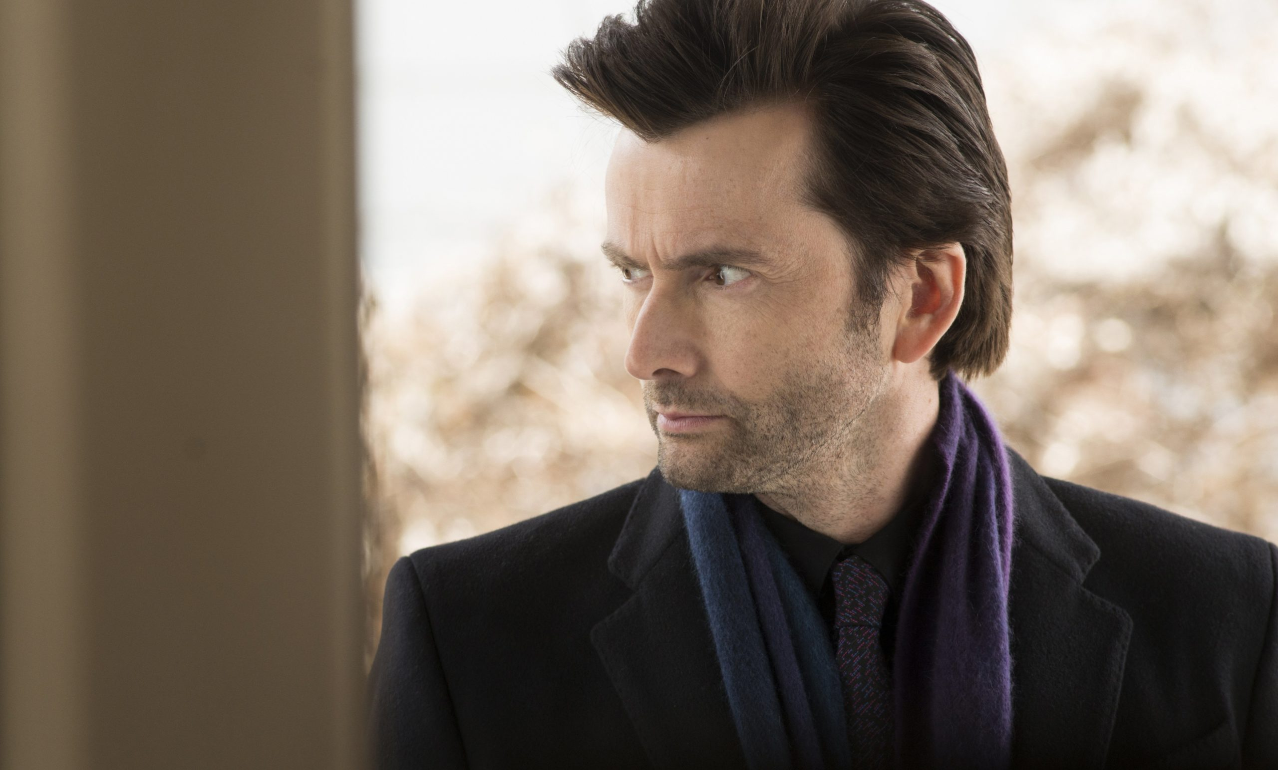 Photo de la série Marvel/Netflix Jessica Jones avec Zebediah Kilgrave (David Tennant)