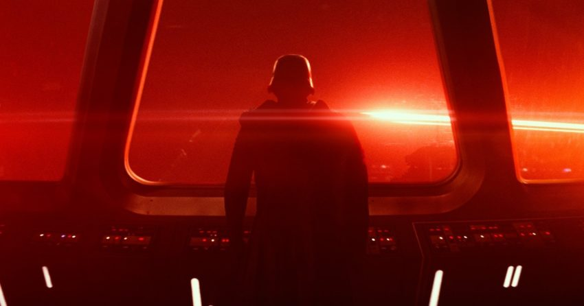 Photo de Star Wars: Episode VII – Le Réveil de la Force avec Kylo Ren de dos