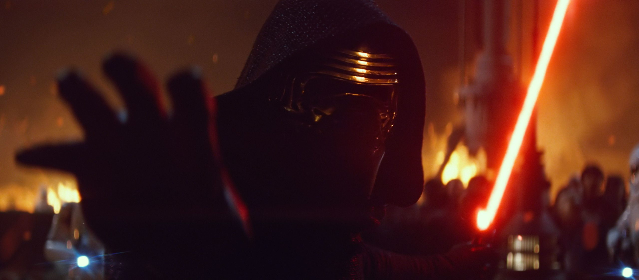 Photo de Star Wars: Episode VII – Le Réveil de la Force avec Kylo Ren