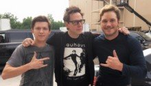 Photo de tournage avec Tom Holland, James Gunn et Chris Pratt