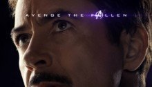 Poster du film Avengers: Endgame avec Iron Man / Tony Stark (Robert Downey Jr)