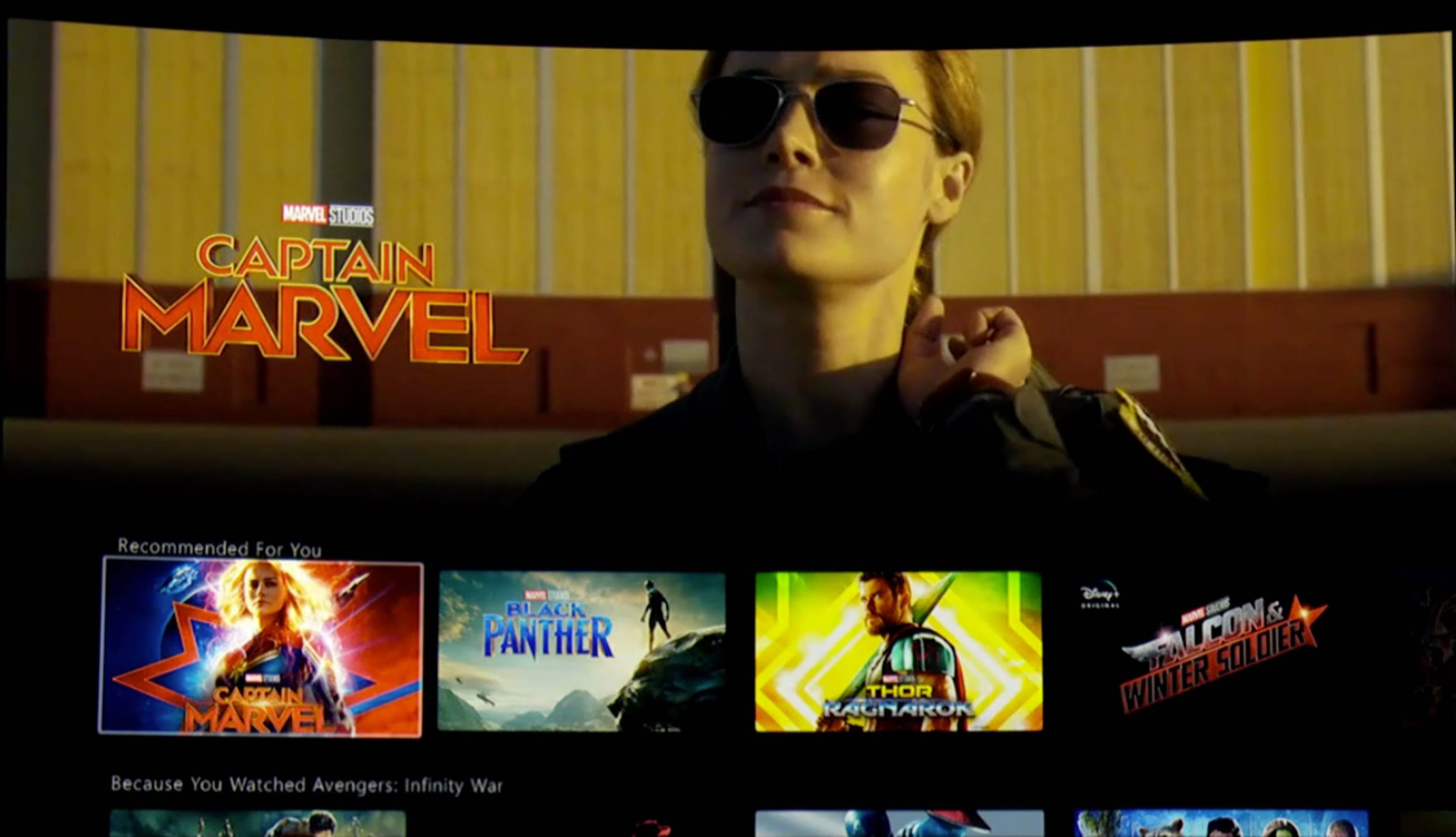 Image de l'interface Disney+ dans la catégorie Marvel avec Captain Marvel, Black Panther, Thor: Ragnarok