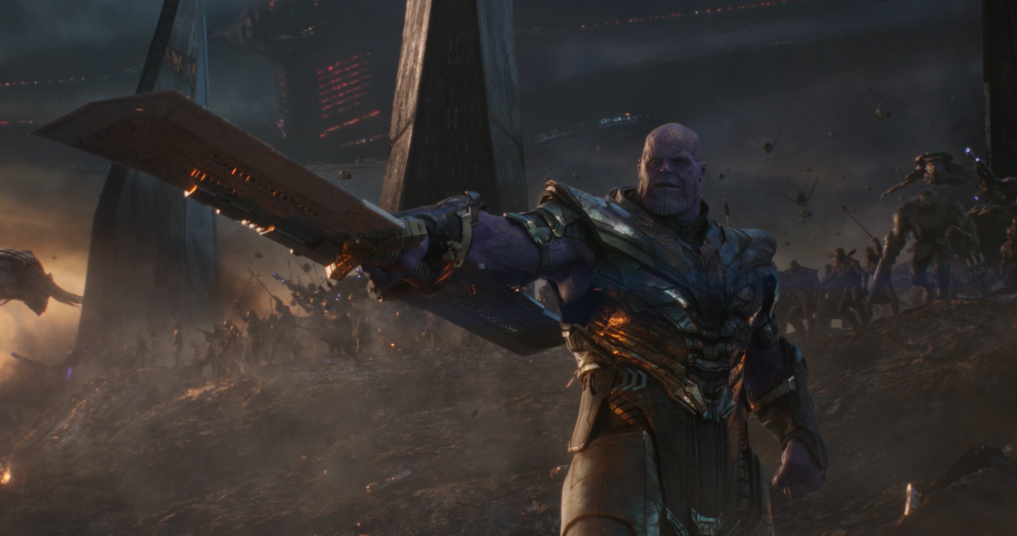 Photo du film Avengers: Endgame avec Thanos en train de lancer son armée