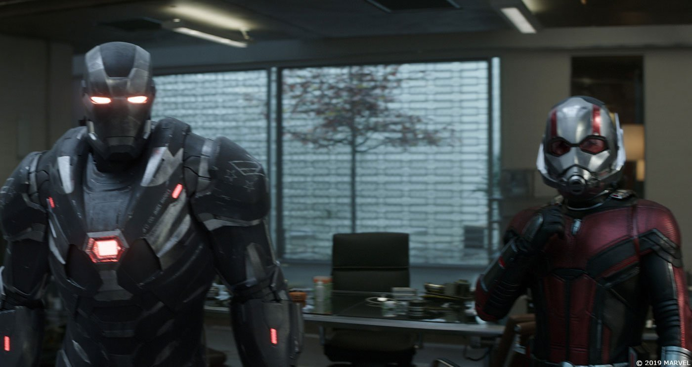 Photo du film Avengers: Endgame avec War Machine et Ant-Man