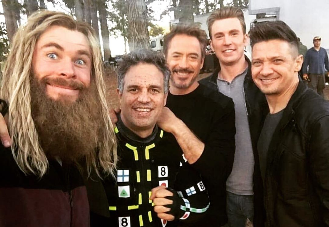 Photo du tournage du film Avengers: Endgame avec Chris Hemsworth, Mark Ruffalo, Robert Downey Jr. Chris Evans et Jeremy Renner