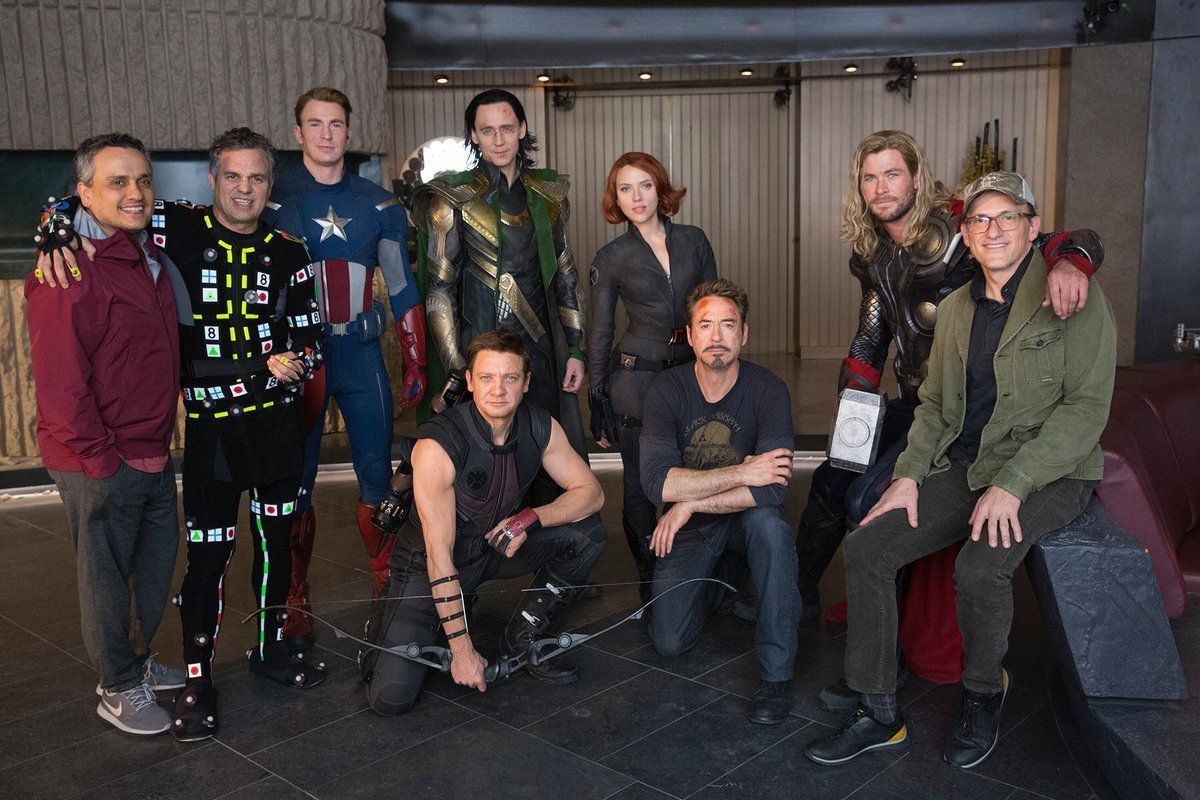 Photo du tournage du film Avengers: Endgame avec l'ensemble du casting à New-York en 2012