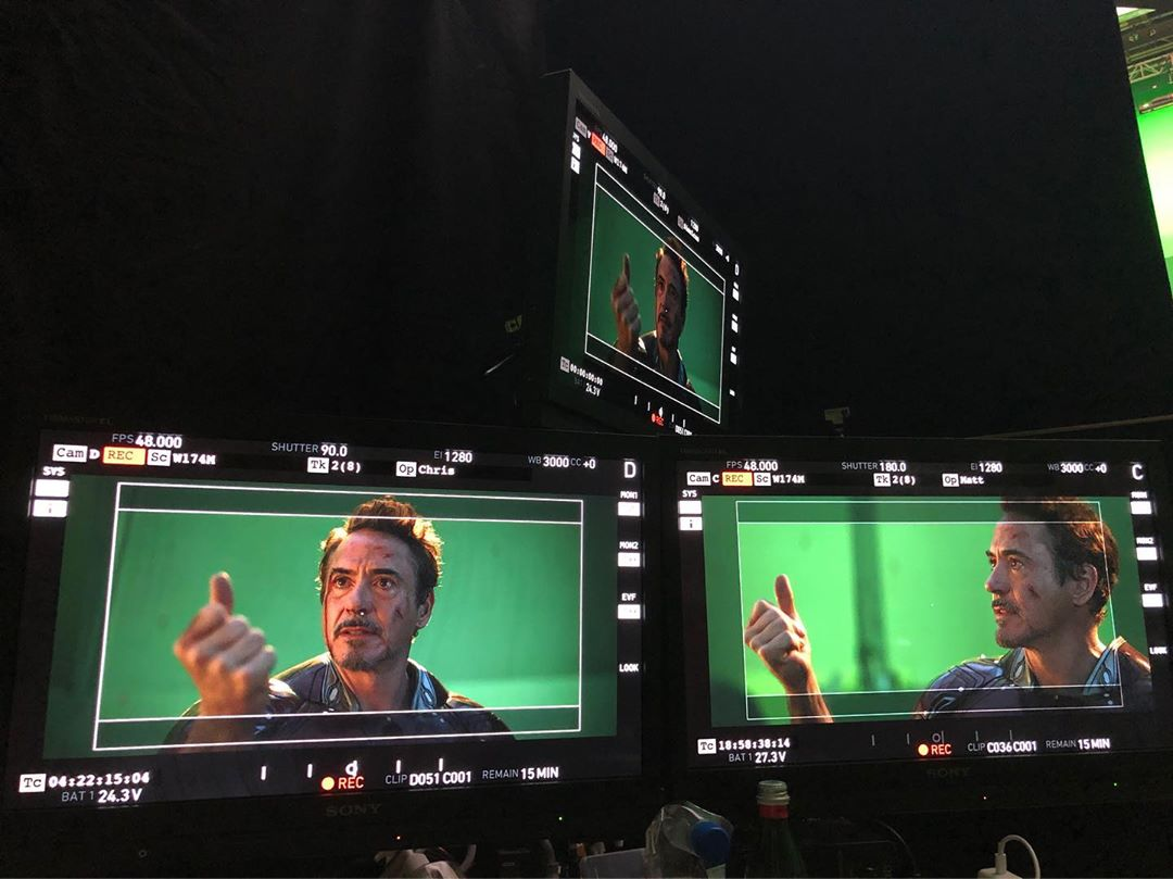 Dixième photo du tournage du film Avengers: Endgame avec le snap de Robert Downey Jr. (Tony Stark / Iron Man)