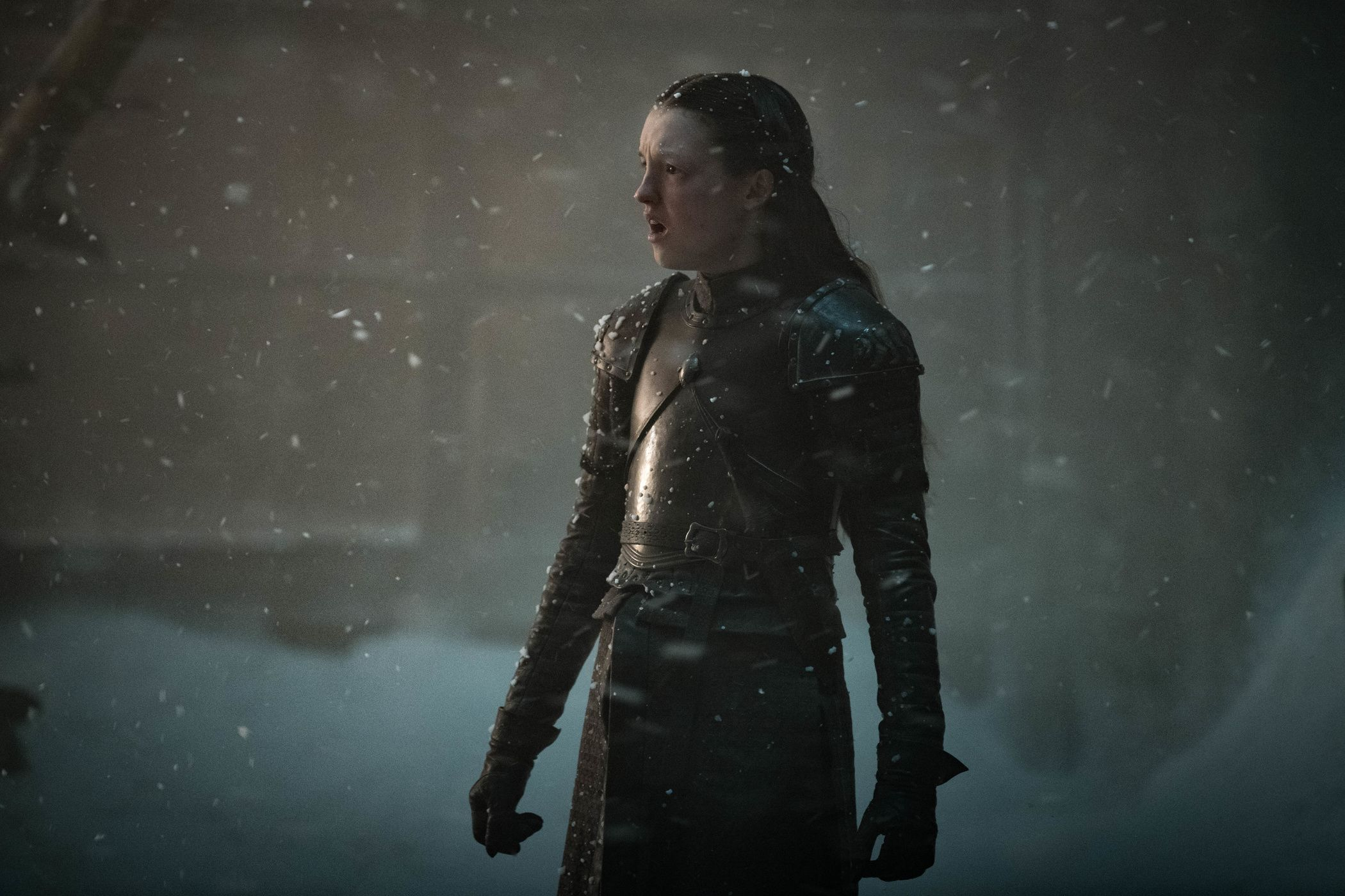 Photo de la huitième saison de la série Game of Thrones avec Lyanna Mormont (Helen Sloan)