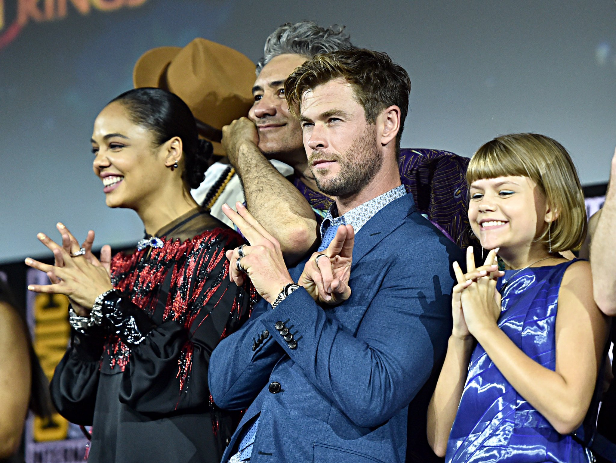 Photo du panel Marvel Studios à la Comic-Con 2019 pour le film Thor: Love and Thunder avec Thor et une Eternal